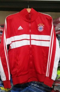 Jaket Bayern Munchen Merah Grade Original