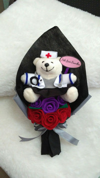 buket bunga flanel boneka profesi