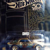 Hot wheels Black and Gold Edition 50th- 67 camaro gold