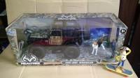Diecast 2007 Jeep Wrangler Skala 1:24 JADA Real Tree Edition