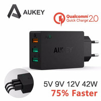 AUKEY PA-T2 42W 3-Port Wall Charger with Quick Charge 2.0
