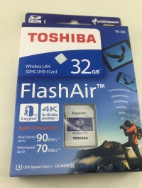 TOSHIBA FLASH AIR WIRELESS LAN SDHC UHS-1 CARD 32 GB