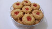 kue kering strawberry cheese / nougat choco thumbprint cookies