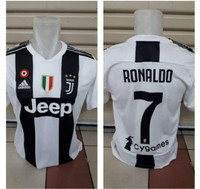 JERSEY JUVENTUS HOME NEW SEASON NAMESET RONALDO NOMOR 7