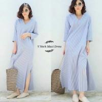 885 V Neck Maxi Dress