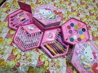 original crayon set hello kitty 4 in 1