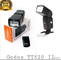 FLASH GODOX TT520 II