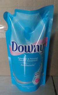 Downy refill 1000ml anti bacteria