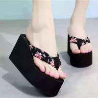 Sandal Wedges Spons Batik