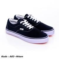 Sepatu sneakers pria kets kasual kanvas hitam murah A03-hitam