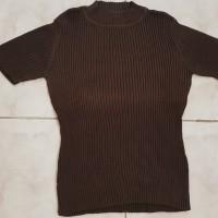 Baju Atasan Wanita Turtle Neck Lengan Pendek