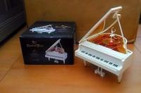 Kotak Musik Grand Piano Ballerina Lampu Kado Romantis