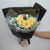 Bunga Mawar / Hand Bouquet / Buket Bunga Wisuda / Buket Bunga