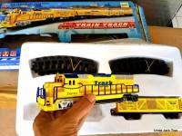 Mainan Anak - Kereta Api Set - Classic Train Playset Yellow