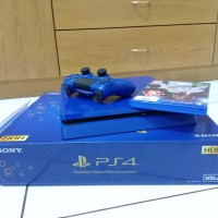 PS4 Slim Days of Play Limited edition !! Free PS4 camera + fifa 18