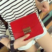 Tas Slempang Wanita Ransel Hand Bag Serut Fashion Cluth Murah Terbaru
