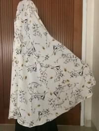 Kerudung Khimar Hijab Syari Bahan Crepe Motif Bunga Non Pet White