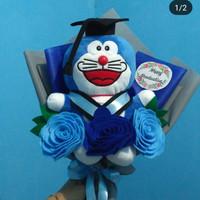 Buket boneka doraemon 25cm bunga flanel
