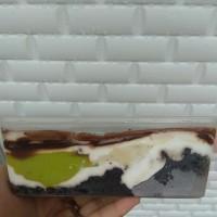 Kue / Cake Lumer Brownies Mix Durian Ucok dan Alpukat Mentega