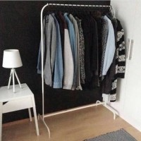 Rak IKEA MULIG tiang gantungan baju