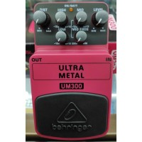 Behringer Um300 Heavy Metal Distortion Stompbox / Pedal Efek Gitar