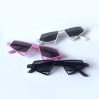 Kacamata Wanita Hitam Vintage Retro Bentuk Segitiga Sunglasses Pria/Pe
