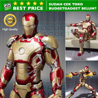 SHFiguarts SHF Action Figure Iron Man Mark 42 + SOFA