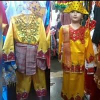 pakaian baju adat anak gorontalo