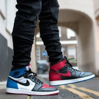 Sepatu Basket Nike Air Jordan 1 Retro top 3 three