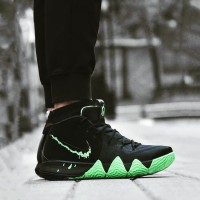 Sepatu Basket Nike Kyrie 4 Irving Halloween