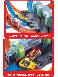 Barang Baru Hot Wheels Corkscrew Crash Track Set Boombastis