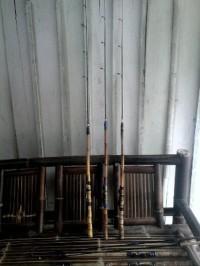 Joran Pancing bambu cendani rell seat, sambung dua. ( 2 section).