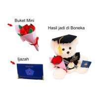 Tambah Mini Bunga untuk Boneka Wisuda Kado Wisudaku