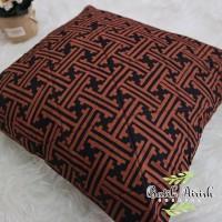 Sarung Bantal Batik CAP 40x40 | Tibetan Geometris Sogan Series | Cover