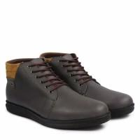Sepatu Boots Desain Kickers Coklat Arc212