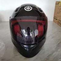 Helm Yamaha Vixion full face R15