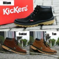 Sepatu Boots Touring Outdoor Gunung Pria Kickers Suede Coklat Tan