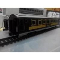MIniatur Kereta Api Indonesia - Gerbong Kawis Imperial