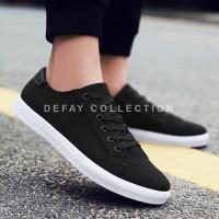 Sepatu sneakers pria wanita kanvas