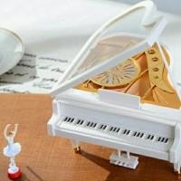 Kotak Musik Piano Balerina