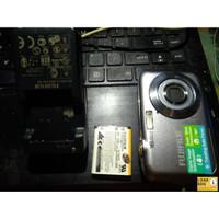 Jual Kamera Digital Fujifilm Finepix JV250 Langka Hanya Di Loak Bandun