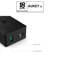 AUKEY PA-Y2 33W USB TYPE C WALL CHARGER WITH QUICK CHARGE 3-0 - HITAM