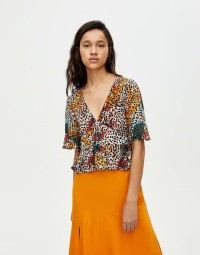 Baju Atasan Blouse Korea Colored Leopard (L) Import