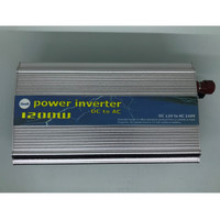 Power Inverter 1.200W DC 12V to AC 220V