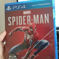 Spiderman game ps4 ( used)