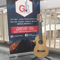 Yamaha GL1-NAT Guitalele w/case