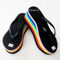 Sandal Wedges Spon RAINBOW / PELANGI Warna HITAM 1 Kualitas Super
