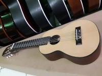 Gitar Guitalele GL-1 Yamaha aneka koleksi