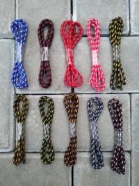 tali sepatu gunung