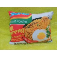 Bantal snack Indomie Goreng uk 30x40 cm full dacron